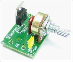 Регулятор мощности 1000 Вт/220 В Предлагаемый набор позволит радиолюбителю собрать регулятор мощности...