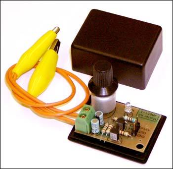 симметричный мультивибратор.В комплект входит корпус BOX-М1.