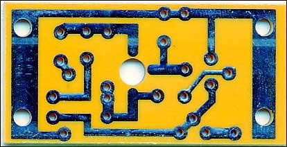 Рис. 4. Вид печатной платы со стороны проводников.
