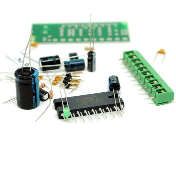 Благодаря использованию мостовой схемы включения усилитель развивает мощность до 22 Вт на нагрузке 4 Ом в каждом из.
